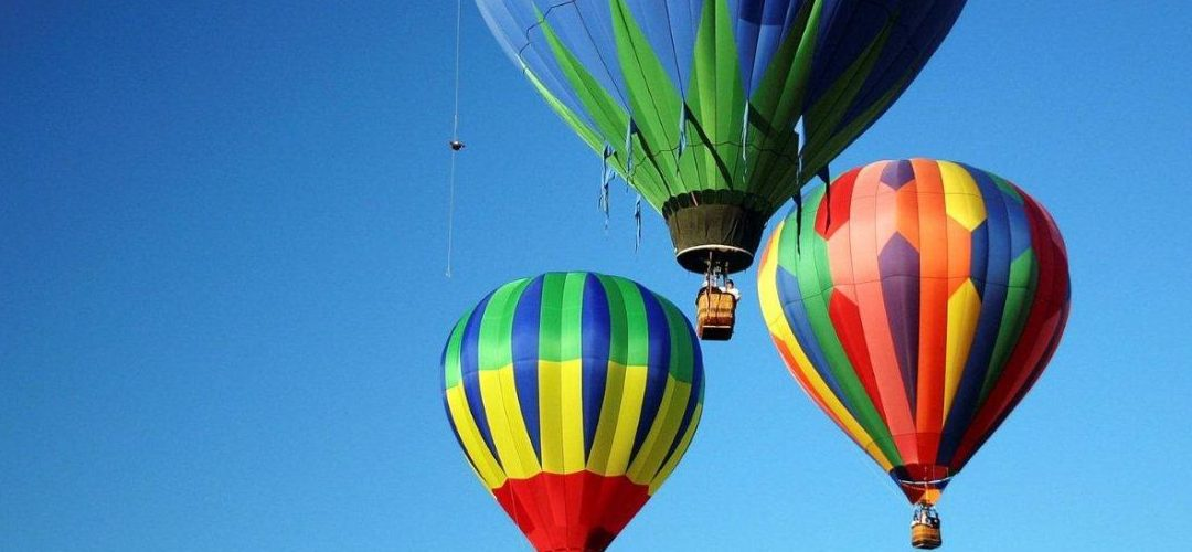 Romantic Getaway in the Hunter Valley with ballon flight and champagne